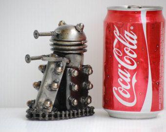 Decoración casera carácter decorativo Arte Metal escultura a mano Mini Robot reciclado modelo aniversario regalo