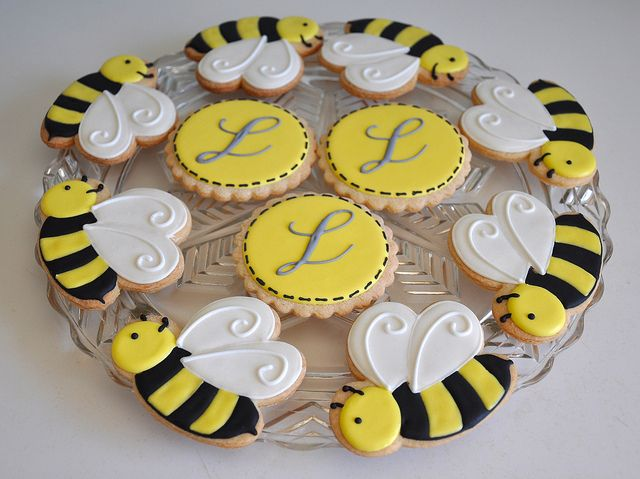 Beautiful Bee Cookies for a Baby Shower! by Kelley Hart Custom Cookies.