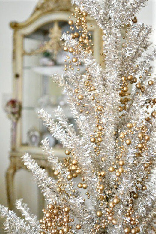 106 best Christmas decorations images on Pinterest Christmas - contemporary christmas decorations