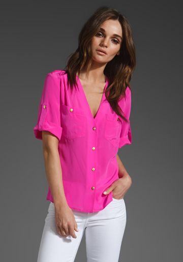 Amanda Uprichard Pocket Tee: Summer Outfit, Uprichard Pocket, Bright Color, Pink Tops, Hot Pink Shirts, Amanda Uprichard, White Jeans, Summer Clothing, Pocket Tees