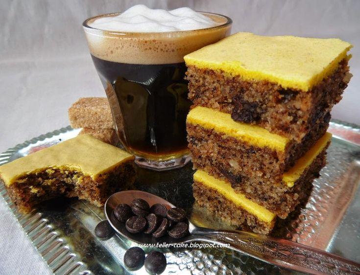 Az egyik legegyszerűbb és legfinomabb nagyi-féle sütimet, a mandulás kockát már bemutattam  egyszer itt a blogon.     Most újra elké...