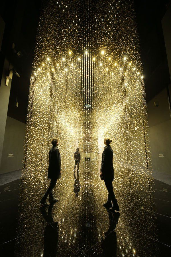Light is Time is an art installation developed by Tsuyoshi Tane of DGT Architects. Featuring 80,000 suspended main plates—the basic component of a watch—the award-winning installation was unveiled at Milan Design Week in April 2014.