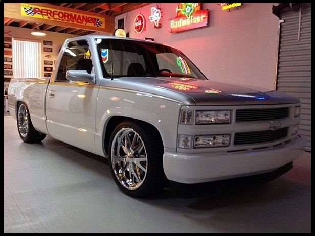 1995 Chevrolet Silverado Pickup Supercharged 350 CI, 4-Link Rear for sale by Mecum Auction