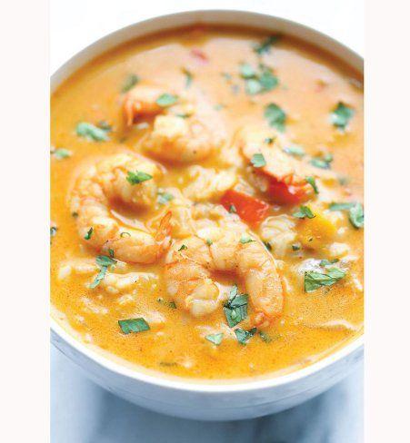 Soupe thaï à la crevette et à la coriandre