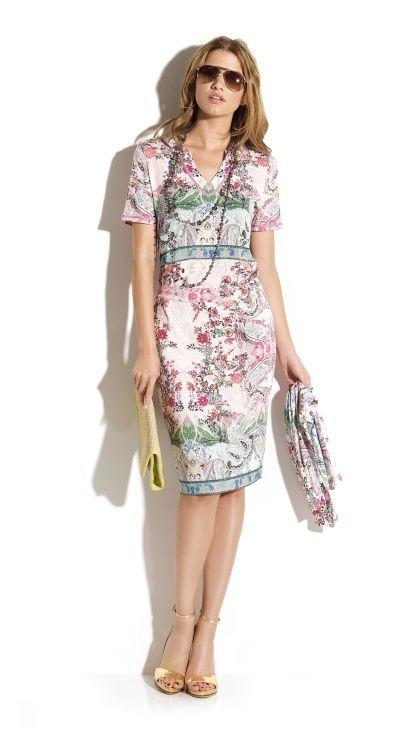 Total look falda tubo con blusón escote tunica y foulard de punto tacto muy suave con estampado hindu en gamma de colores apastelada última tendencia. #tropical #chic #outfit
