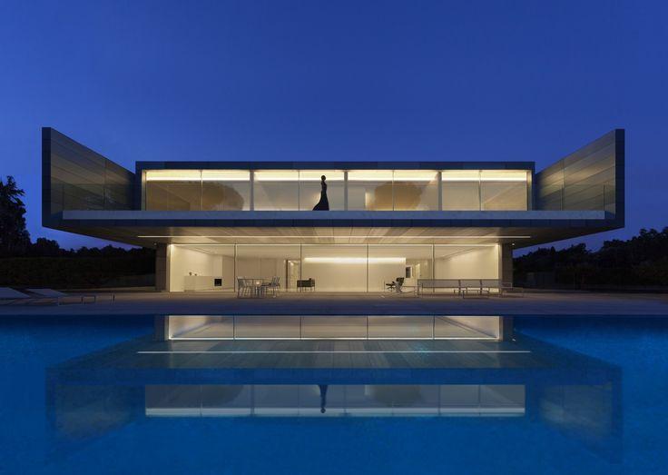 Gallery of Aluminum House / Fran Silvestre Arquitectos - 1