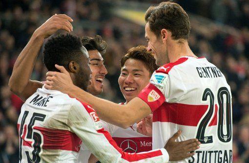 Der VfB Stuttgart hat sich mit 2:1 gegen 1860 München durchgesetzt. In der Bildergalerie gibt es die Einzelkritiken der VfB-Spieler. Foto: dpa