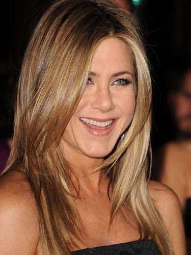Jennifer Aniston. Long layered hair Seriously, has she ...