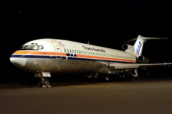 Trans Australia Airlines Boeing 727-276 (VH-TBJ) in Camel Hump livery