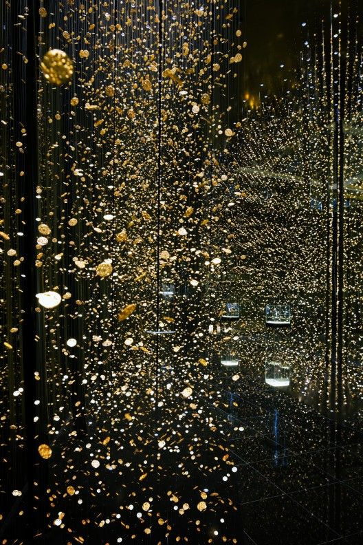 DORELL GHOTMEH TANE ARCHITECTS, FROZEN TIME INSTALLATION 2013: for citizen watches at baselworld; photo by takuji shimmura.