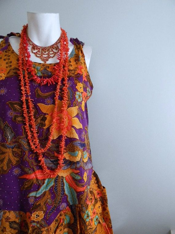 vintage.  Indonesian Purple Batik Dress / Cotton Dress // 1970s dress // S M L. $48.25, via Etsy.