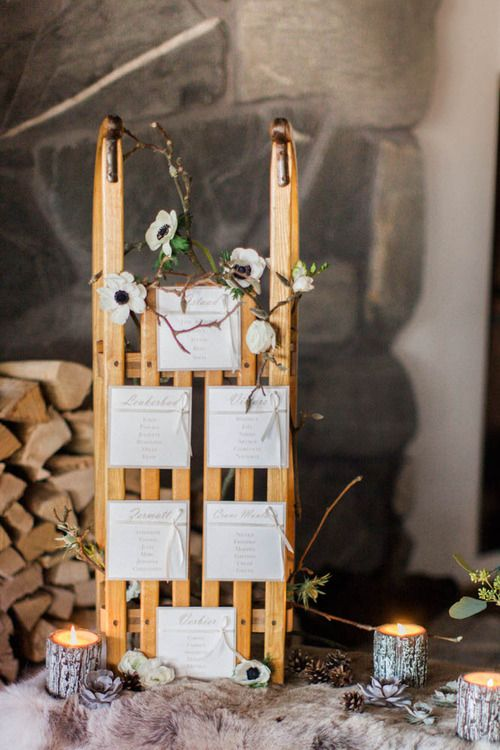 Lovely wooden sledge as table plan  | #Winter #wedding idea – Candles & Fur : so…