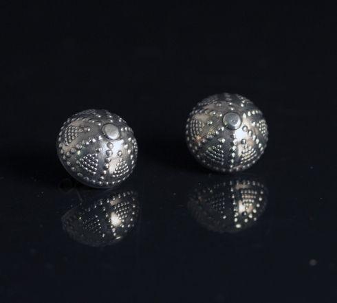 Silver earrings from Kultaseppä Salovaara