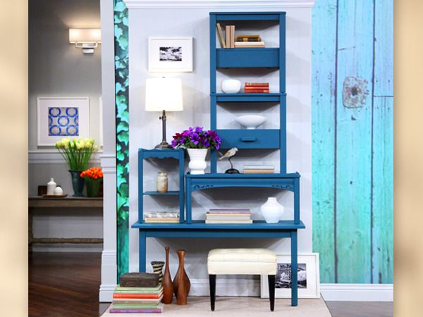 Nate Berkus created this shelving on his show by cutting end tables in half and stacking them.: Nate Berkus, Coffee Tables, Tables Shelves, Vintage Tables, Old Tables, Cool Ideas, Bookshelf Ideas, Furniture Ideas, Shelves United