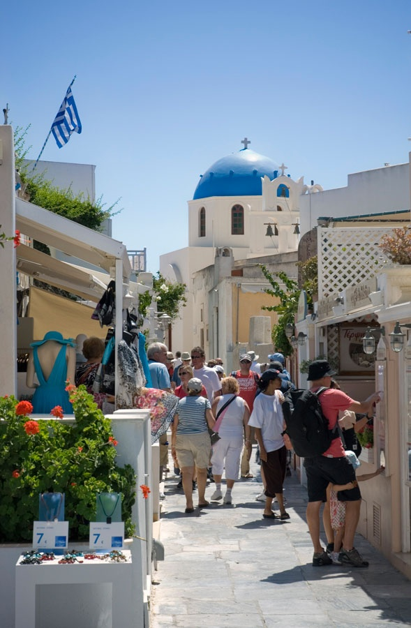 Shopping in Oia, Santorini