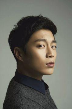 Yoon Doo Joon-Koo Dae-Young