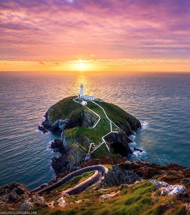 Photo : Phares majestueux: Holyhead, aux Pays de Galles