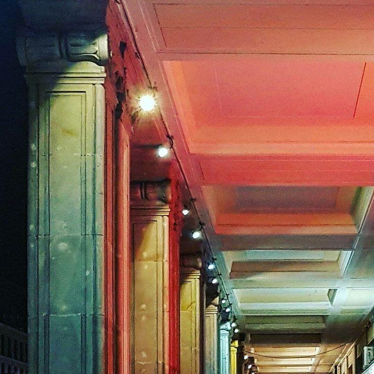 Arkady przy Placu Konstytucji / arcades #wydobywamokolice #imurbiminer