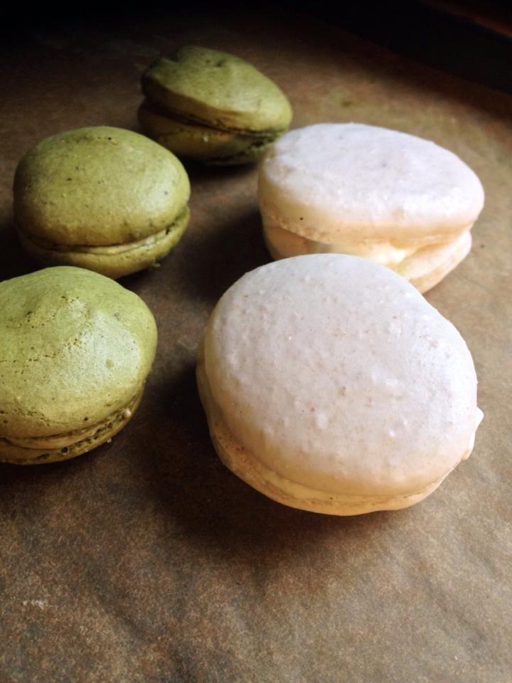 macaroons (strawberry&macha-green tea)