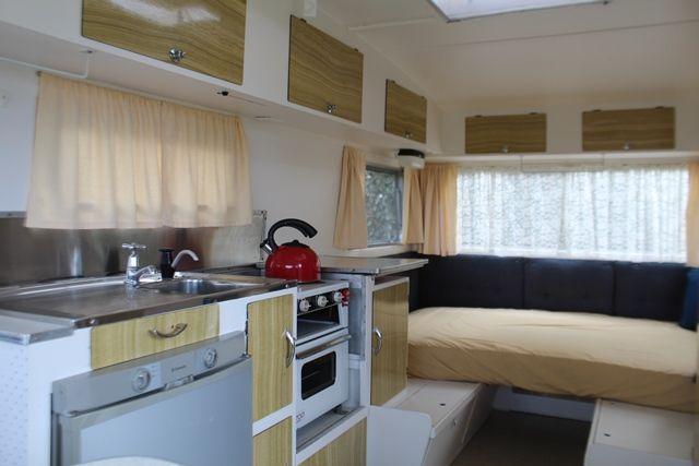 http://vintagecaravans.proboards.com/thread/2002/valiant-viscount-caravans?page=2