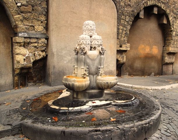 Le Più Belle Fontane Di Roma: Le Fontane Rionali   http://www.tiportoinvacanza.it/le-piu-belle-fontane-di-roma-fontane-rionali/
