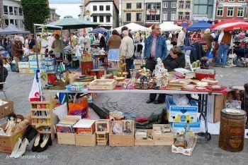 Rommelmarkt elke zondag vanaf 3 april 2016 vanaf 8 uur tot 14 uur op het marktplein te geraardsbergen ❗️