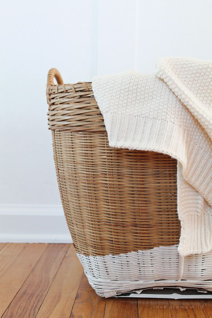 17 best ideas about storing blankets on pinterest - Best way to organize bedroom furniture ...