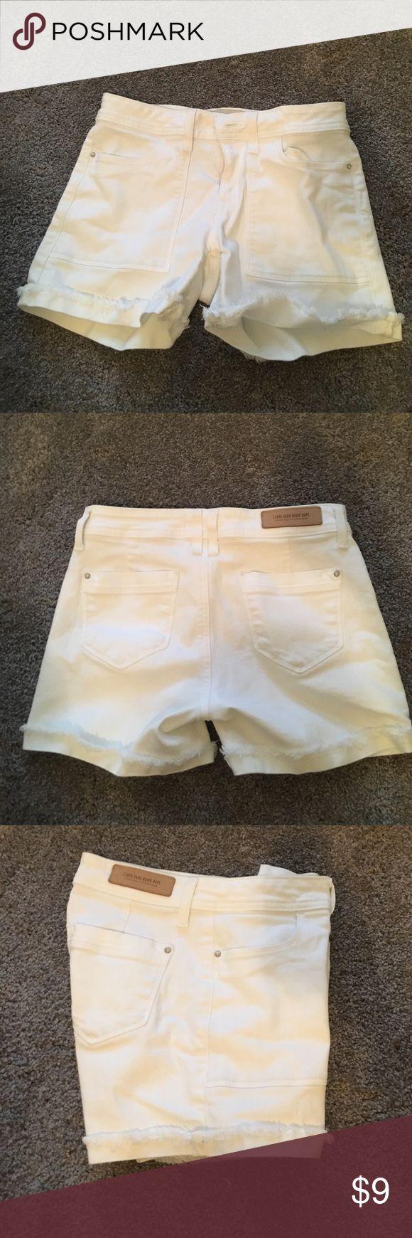 Zara Jean Shorts White frayed jean shorts. Barely worn! Zara Shorts Jean Shorts