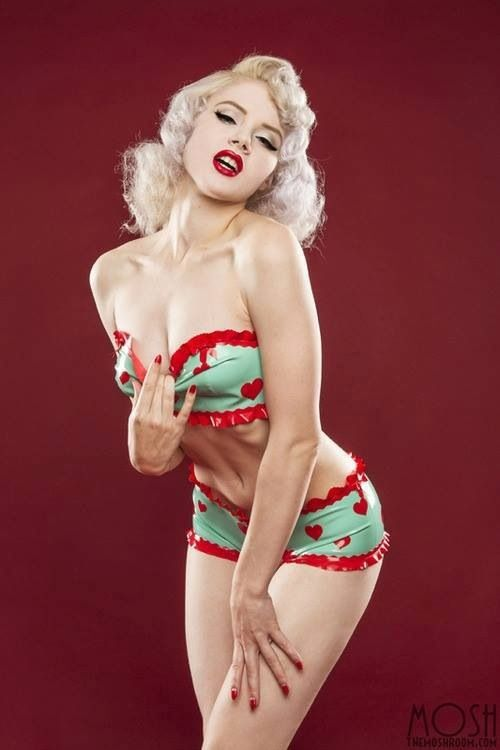 Come enter for your chance to win VINTAGE #rockabilly swimwear for YOU and a…