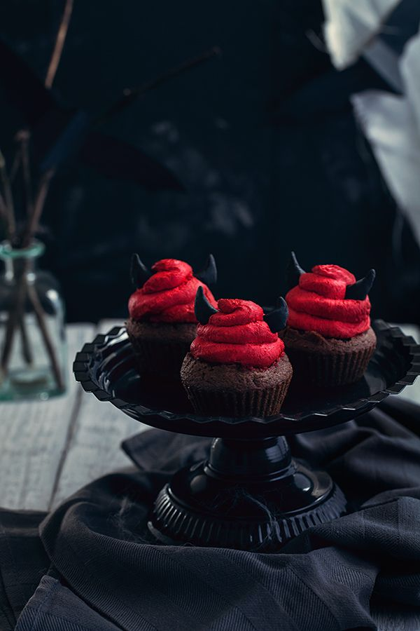 Cro'K'Mou - Blog culinaire - Food & Photography: Halloween Devil cupcakes {Coca cola et chocolat}