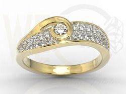 Złoty pierścionek z brylantami / Ring made from gold with diamonds / 4 256 PLN / #ring #gold #diamonds #pierscionek #jewellery #bizuteria