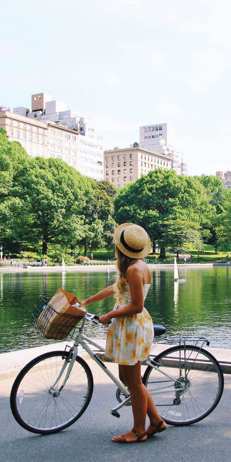 Bike rides in Central Park, NYC - by Chloe Barry-Hang