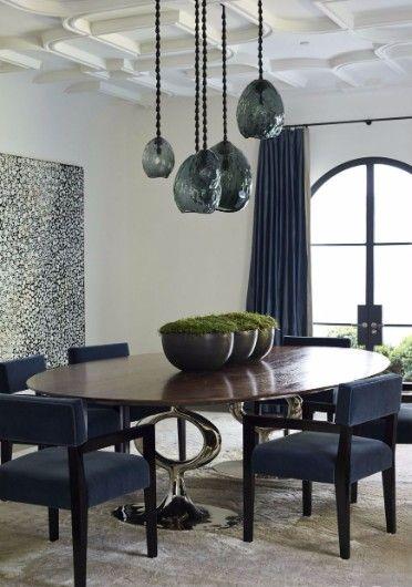 60 Modern Dining Room Design Ideas   www.bocadolobo.com #bocadolobo #luxuryfurniture #exclusivedesign #interiodesign #designideas #dining #diningtable #luxuryfurniture #diningroom #interiordesign #table #moderndiningtable #diningtableideas #moderndiningroom #diningspace #diningarea #diningchair #diningset #diningroomset #tablesetting #diningdesign