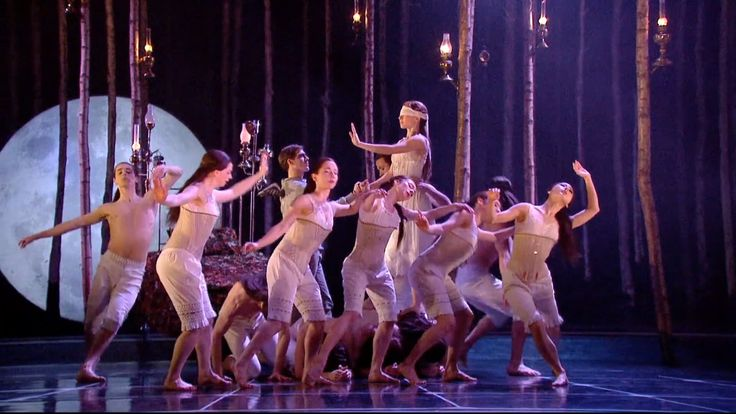 Matthew Bourne's Sleeping Beauty - This looks amazing. Matthew Bourne creates fabulous performances and to see our traditional Sleeping Beauty in a Gothic style would be such a treat for me.