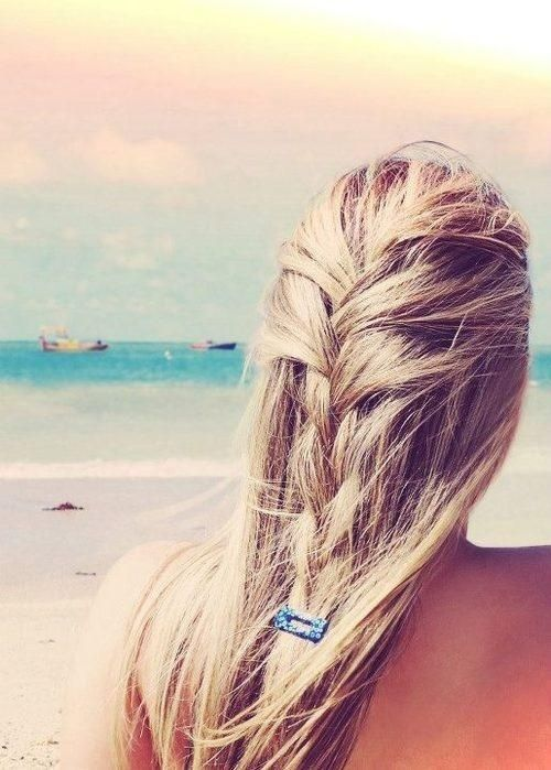 Even though this will look super diff on my curly hair I still gotta pin these 5 Gorgeous Beach Braids