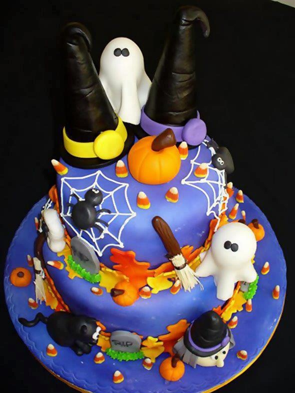Fondant Cake Halloween Ideas : halloween cake with fondant ghosts =DD Cakes Pinterest