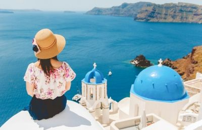 Travel Stories: Santorini See more http://photographergreece.com/en/photography/inspiration/871-favorites