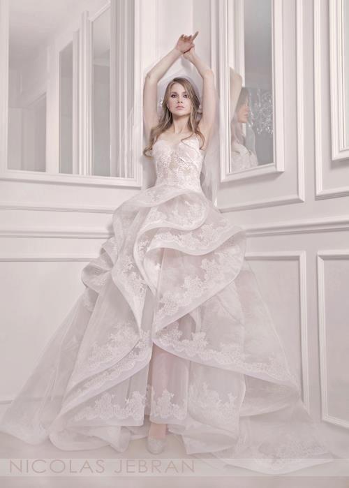 81 best dress images on Pinterest | Wedding frocks, Wedding dressses ...