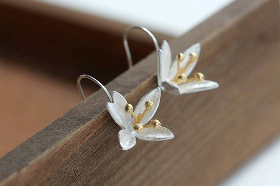 Silver Jewelry- Magnolia flower earring-Vintage 925 sterling silver magnolia flower-hook earring- ear earrings- ear accessories