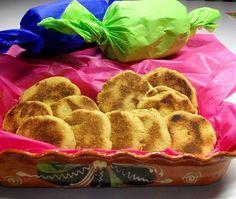 Elabora en casa estos mini pastelitos de maíz tan típicos de las ferias mexicanas. Se hacen con ingredientes muy económicos y endulzan sin empalagar.