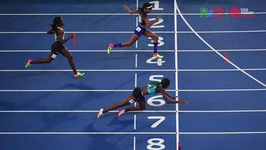 Rio 2016: Shaunae Miller Dives to Win 400M Gold