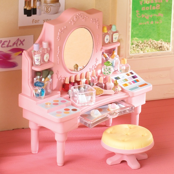 Salon dressing table sylvanian families calico critters for Beauty parlour dressing table images