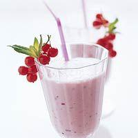 Recept - Yoghurtshake met rode vruchten - Allerhande