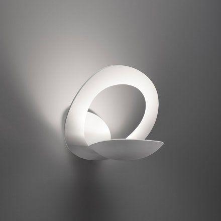Oltre 1000 idee su lampade da parete su pinterest illuminazione da letto illuminazione e - Lampade parete artemide ...
