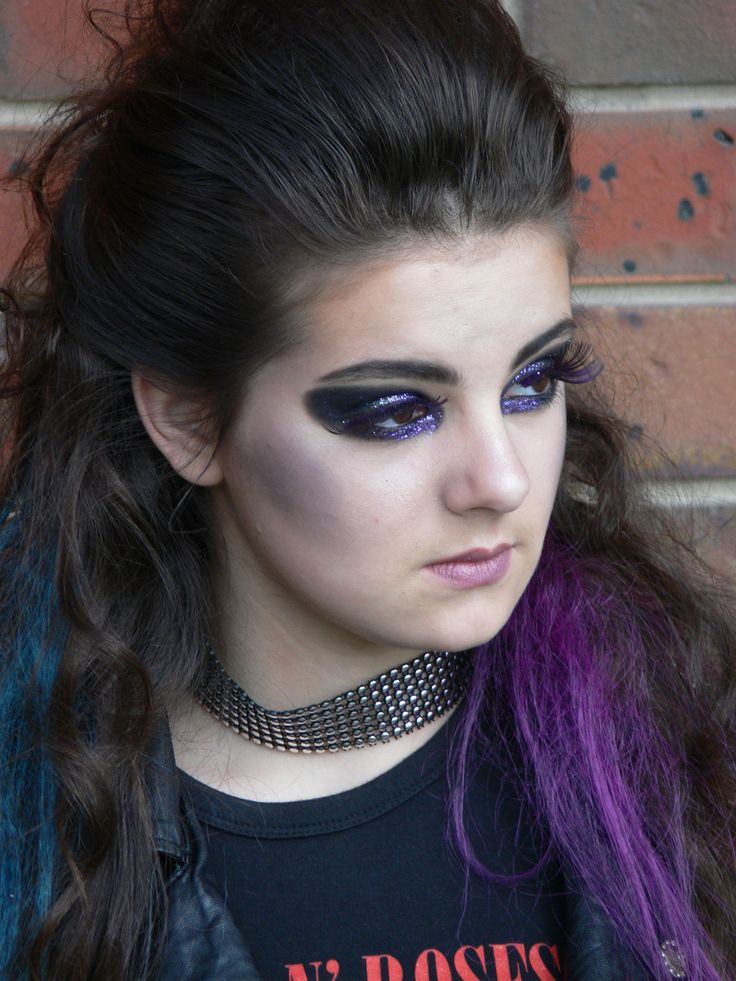 Rock inspired hair and makeup -   Learn how www.chisholm.edu.au