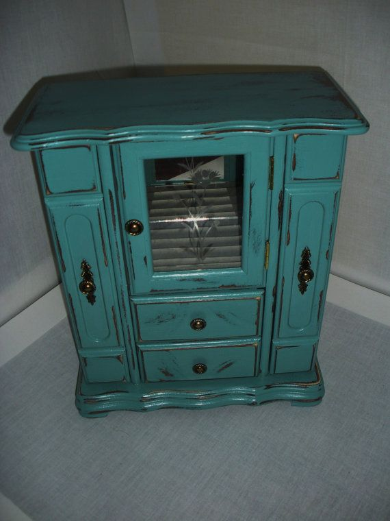 Refurbished Jewelry Box-Painted and Distressed by AtticJoys1