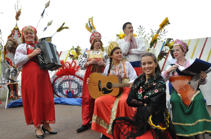 The Russian dancers...