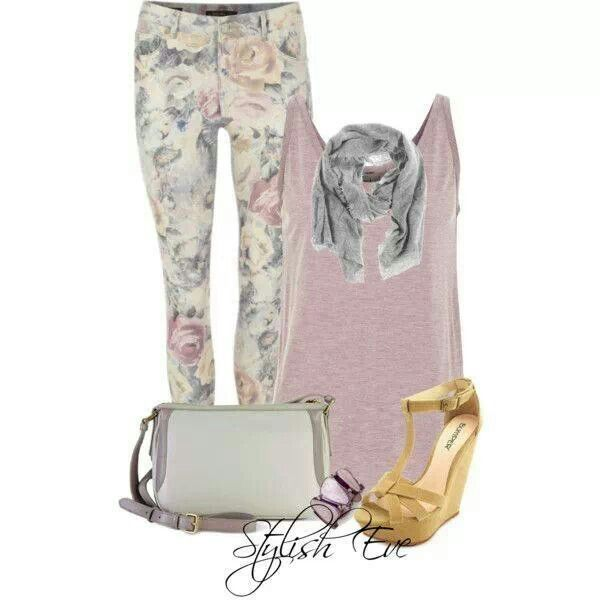Flower printed jeans with pink top and yellow heels. Niiiice combination