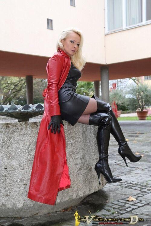 1041 besten lady vanessa bilder auf pinterest for Schuhschrank lady