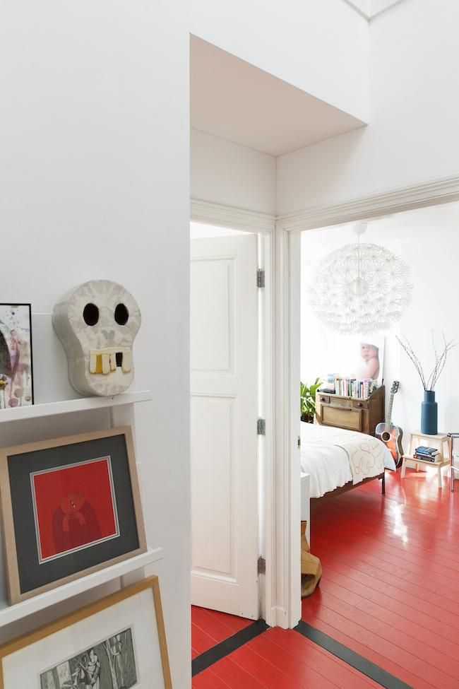 Una Casa Preciosa Con Suelos Rojos Suelo Rojo Pisos Rojos Suelos